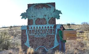 Clarkdale sign on Historic 89A